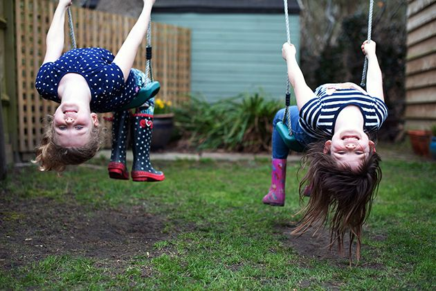 How Your Birth Order Influences Your Relationship | Brides.com
