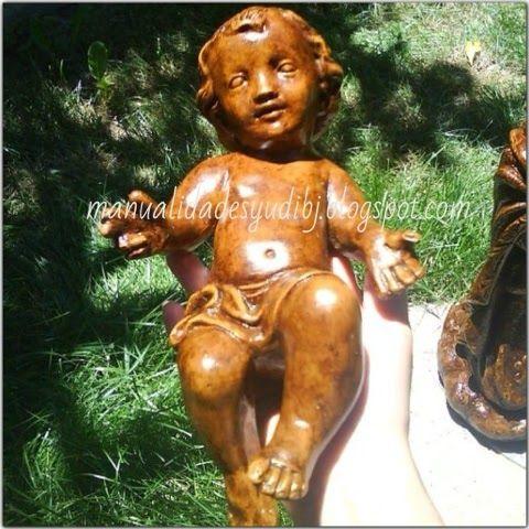 yudit: Patina en figura de ziña imitación madera