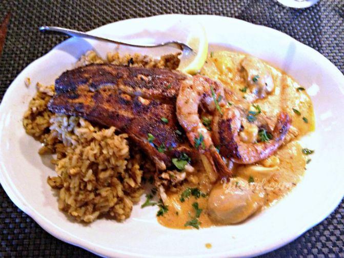 Split blackened redfish opelousas from pappadeaux sooo for Blackened fish recipes
