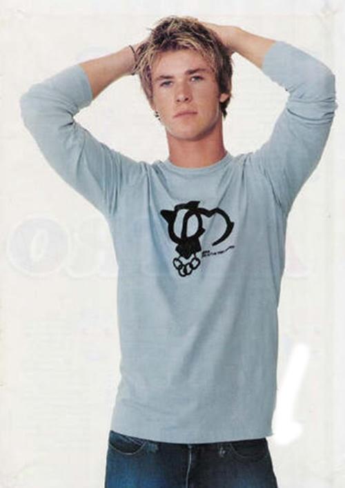 Chris Hemsworth when he was Kim!!!!