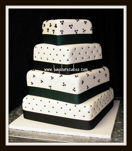 black & white wedding cake | Black And White Wedding Cakes (Source: bayshorecakes.com)