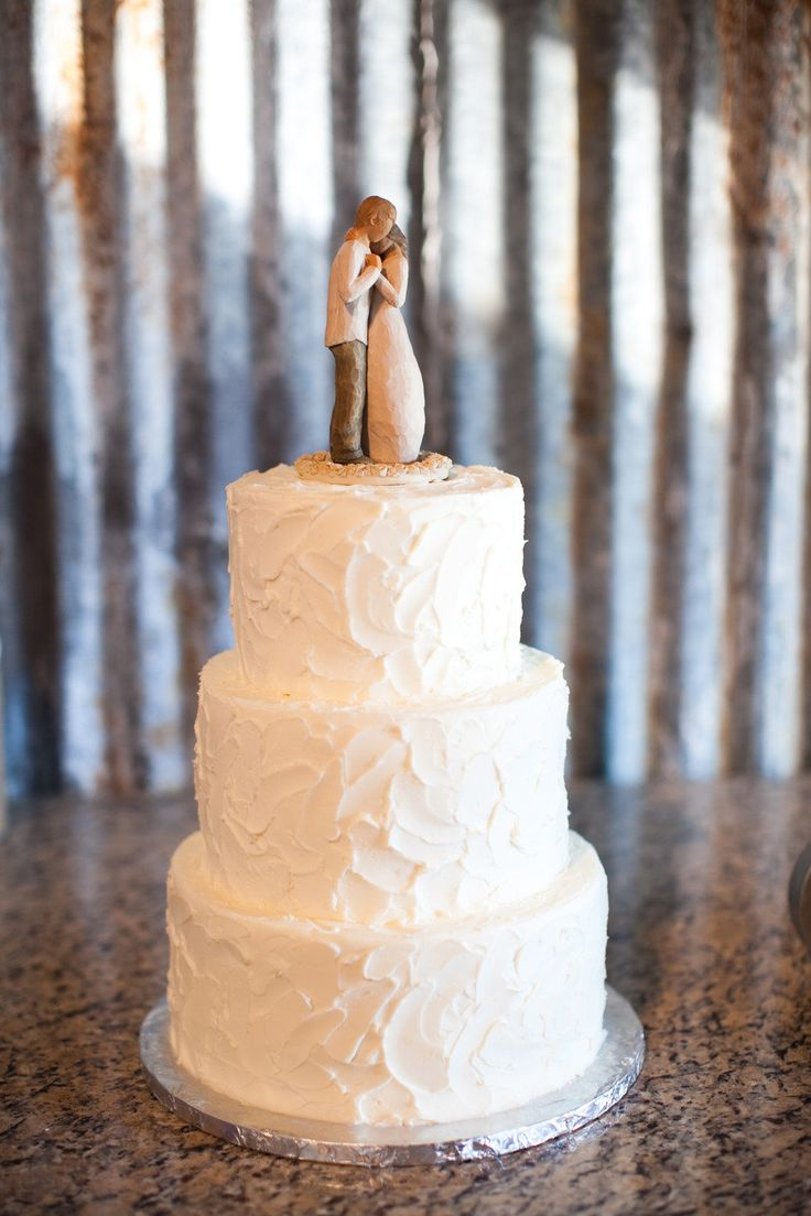 Love the willow tree cake topper