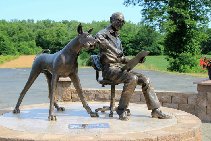 Bronze Statue of Marmaduke and Brad Anderson (created by artist Don Sottille), Brocton, New York, 2016