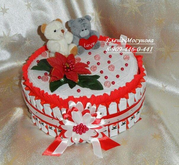 Торт - шкатулка из киндеров