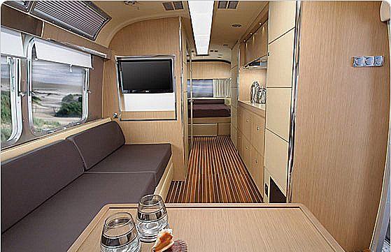 2014 Airstream Land Yacht
