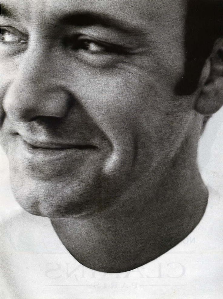 Kevin Spacey, I just love his mischievous grin!