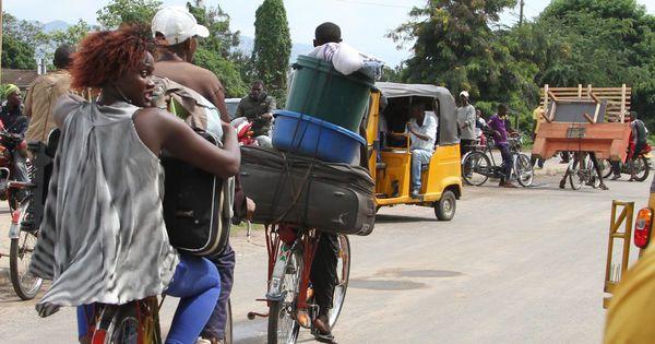 Burundi : la population des quartiers tutsi fuient la capitale - En début de semaine, le président Pierre Nkurunziza avait donné à ses opposants jusqu'à samedi soir pour «déposer les armes» en échange d'une amnistie. - 8 novembre 15
