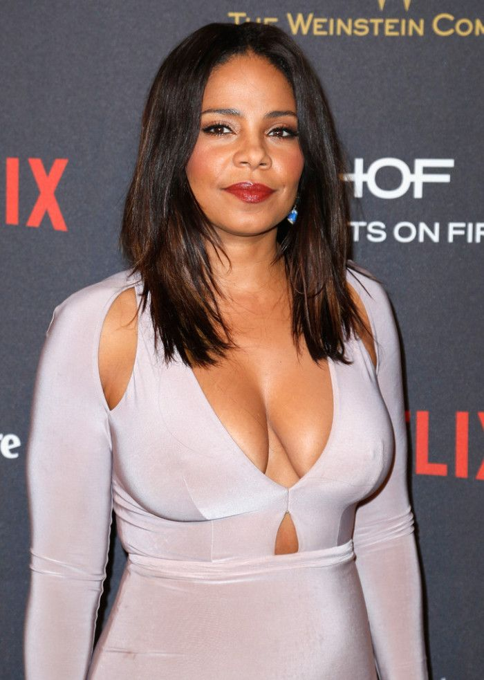 3 Sanaa Lathan's 2016 Weinstein Company and Netflix Golden Globe Awards After Party Abyss by Abby Pink Cut Out Desire Bodycon Dress 2