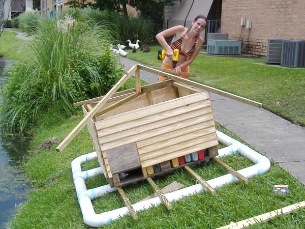 12 best images about duck house floating island on for How to build a floating house
