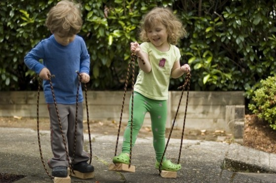 made-by-joel-Toddler-Stilts-5[1]