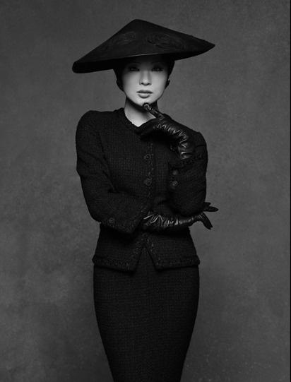 ...Carine Roitfeld, Shiina Ringo, Chanel Lbj, Jackets Chanel, Beautiful People, Chanel Classic, Inspiration Style, Karl Lagerfeld, Black Jackets
