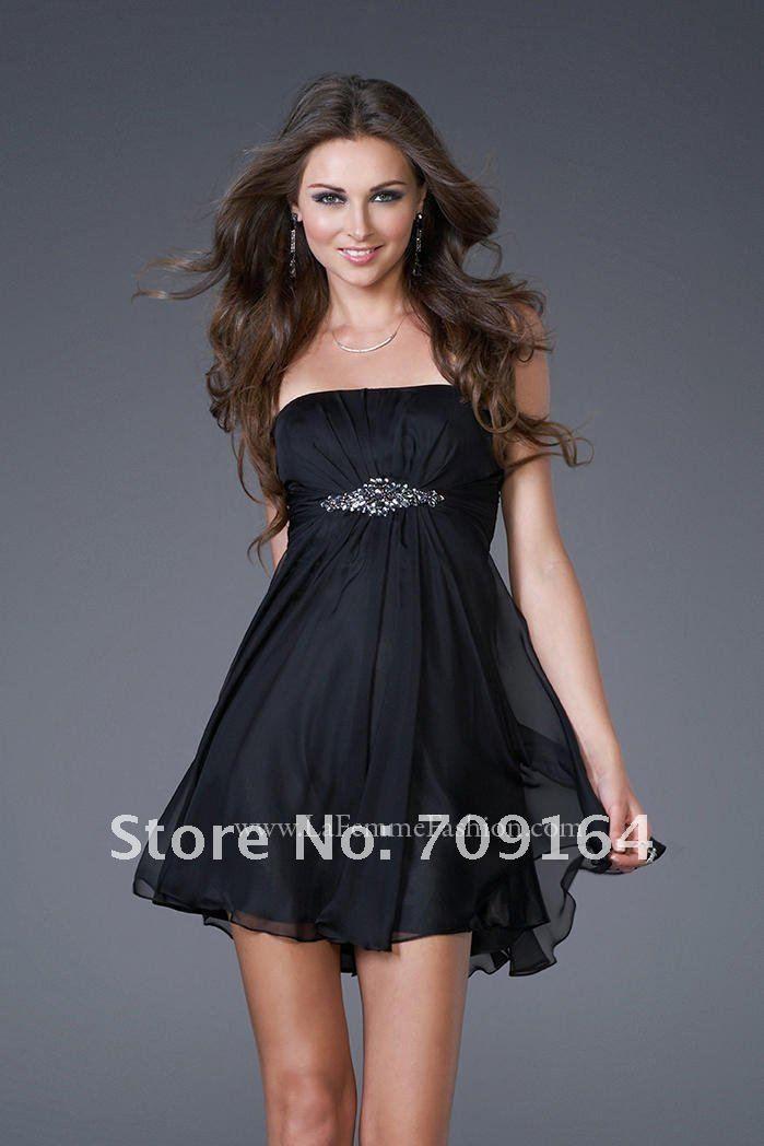 Vestito nero corto elegante fietshelm