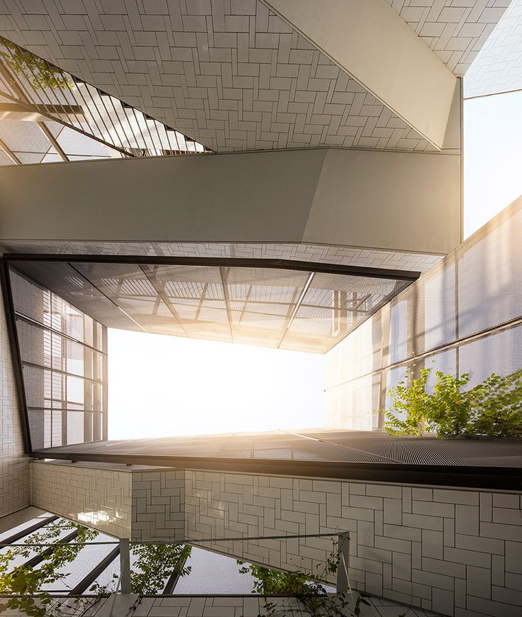 Green House Agi Architects Design A Home For Outdoor Living In Kuwait Architect Architect Design Home And Garden