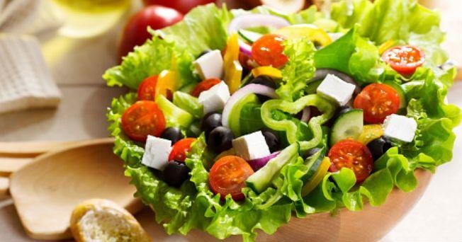 http://ayudaparaadelgazar.com/trucos-para-adelgazar-con-ensaladas/  ensalaadas para adelgazar