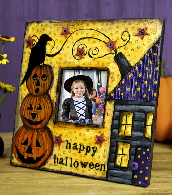 Show off your kids in their #Halloween costumes with a festive frame!: Projects, Crafts Ideas, Halloween Mixed, Halloween Costumes, Halloween Crafts, Mixed Media, Media Frames, Colors Frames, Colorful Frames