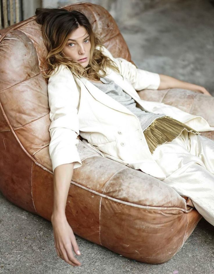 white and gold! nice editorial with daria werbowy in Marie Claire Russia May 2014 Photographer: Mathieu Cesar Stylist: Anna Rykova
