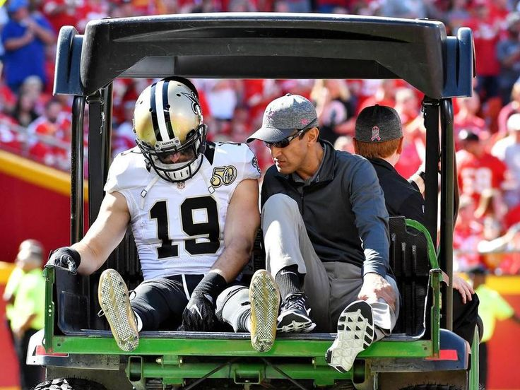 Saints vs. Chiefs  -  27-21, Chiefs  -  October 23, 2016:   New Orleans Saints wide receiver Jake Lampman leaves the game in the first quarter with an injury during Sunday's football game against the Kansas City Chiefs on October 23, 2016 at Arrowhead Stadium in Kansas City, Mo.