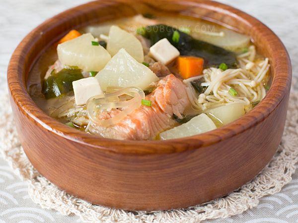 Salmon head miso soup more miso recipes miso soup asari for Fish head soup recipe
