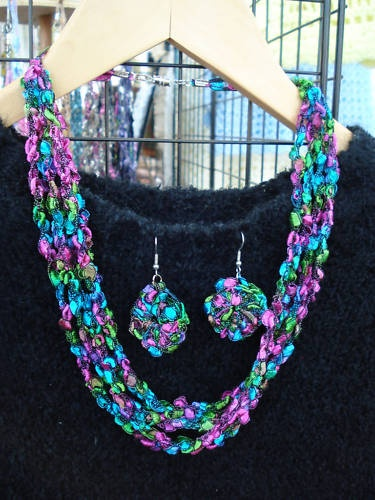 Yarn Necklace Trellis And Yarns On Pinterest