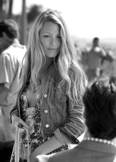 dissap0inted:    hus-h:    deflaw:    dunoire:    BLAKE    LIVELY    ilu    so much.