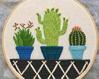 """Mano bordada planta suculenta 8"""" aro-""""Suculento Trio"""""""
