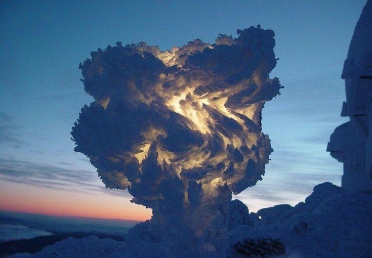 Замерзшие волны уберегов острова Нантакет. Икак такое возможно?