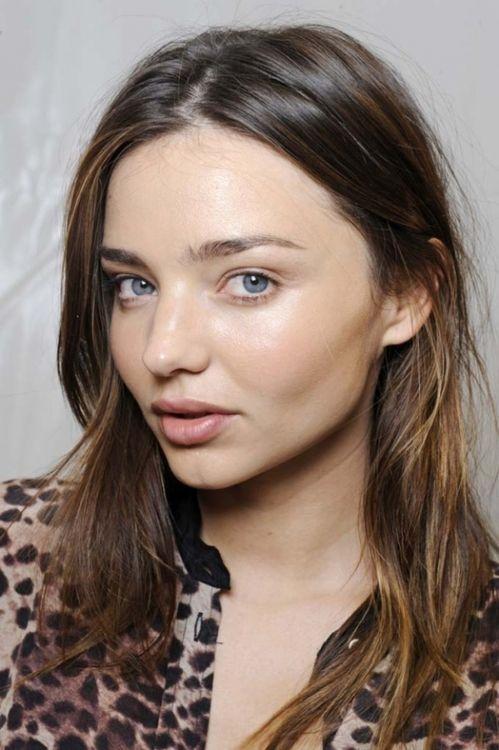 miranda kerr - super fresh hair and makeup - no makeup makeup look