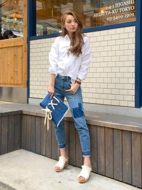 2016春夏のサンダルコーデ着こなしファッション!流行・10代20代・30代 ... デニムx白で個性的シンプルコーデ
