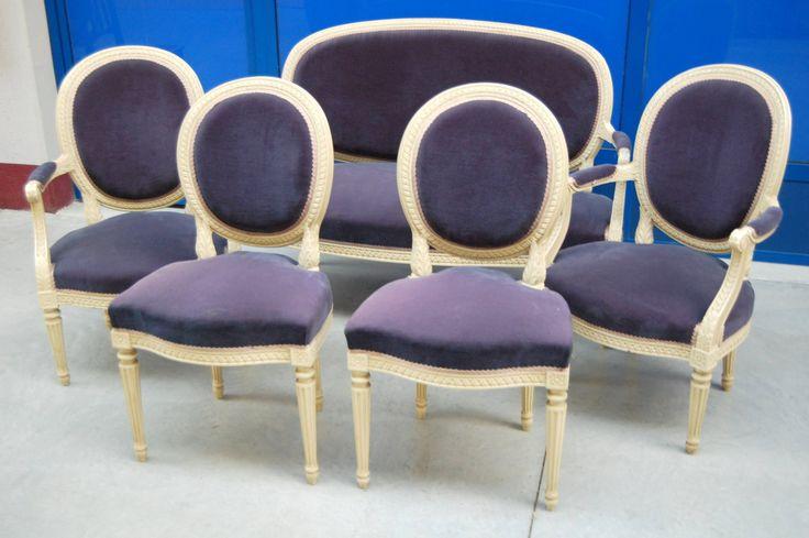 Salotto composto da divanetto/2 poltrone/2 sedie stile Luigi XVI laccato velluto blu