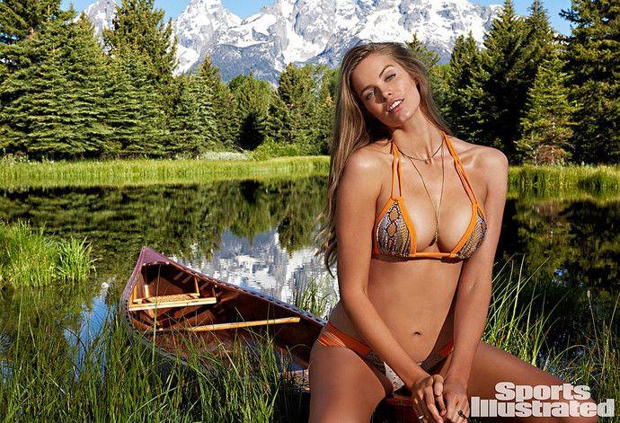 Модель размера ПЛЮС Робин Лоули впервые появится в Sports Illustrated