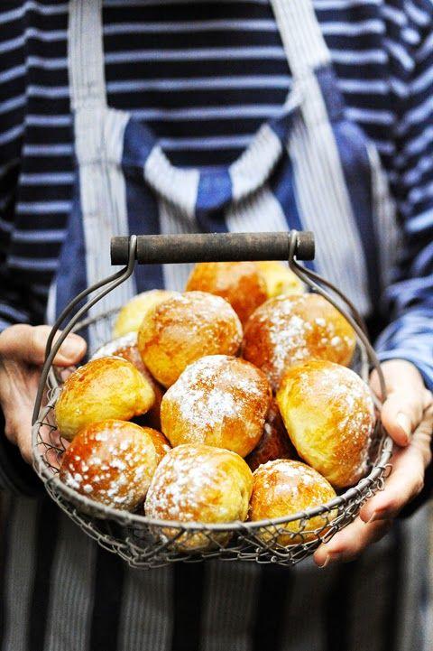 Dorian cuisine.com Mais pourquoi est-ce que je vous raconte ça... : Le lundi ça boulange ! Petit voyage en Suède sur la trace du semlor... Tome 1 comment dire brioche en suédois !