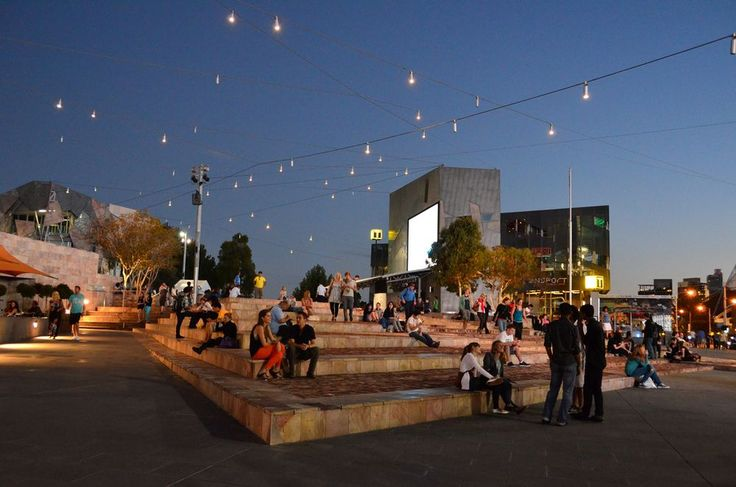 FEDEREATION+SQUARE+outdoor+event+area+and+catenary+lighting.min.jpg