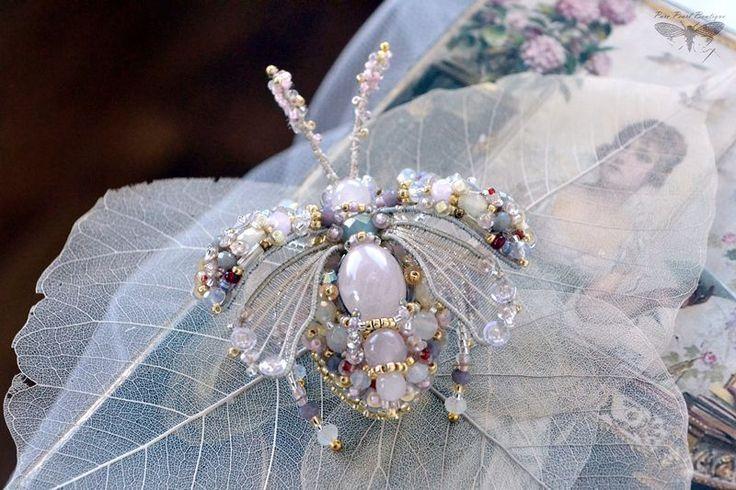 """Купить Брошь жук """"Ladli"""", Летняя коллекция 2016 - бледно-розовый, украшение насекомые"""