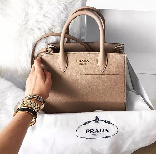 Prada Handbag Photos