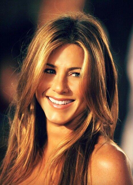 Jennifer Aniston-Awesome hair as always!