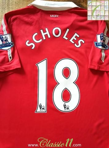 Relive Paul Scholes' 2010/2011 Premier League season with this original Nike Manchester United home football shirt.