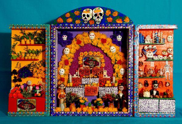 祭壇 | メキシコのキュートなお墓&祭壇スナップ集