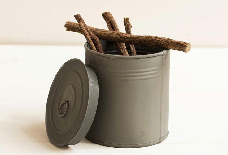 Sorbetto alla liquirizia: traditional sorbet with natural liquorice extract.