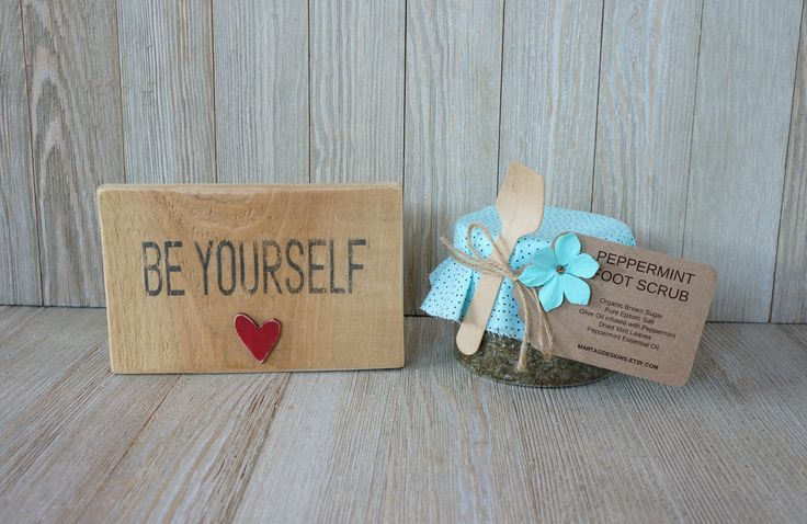 Gift sets for women, gift set for her, sign with quote & peppermint foot scrub, peppermint gift, gift for her, birthday gift for her by MartaGDesigns on Etsy