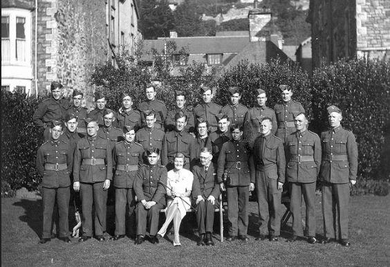 10 RWF Sept 1939 Barmouth.