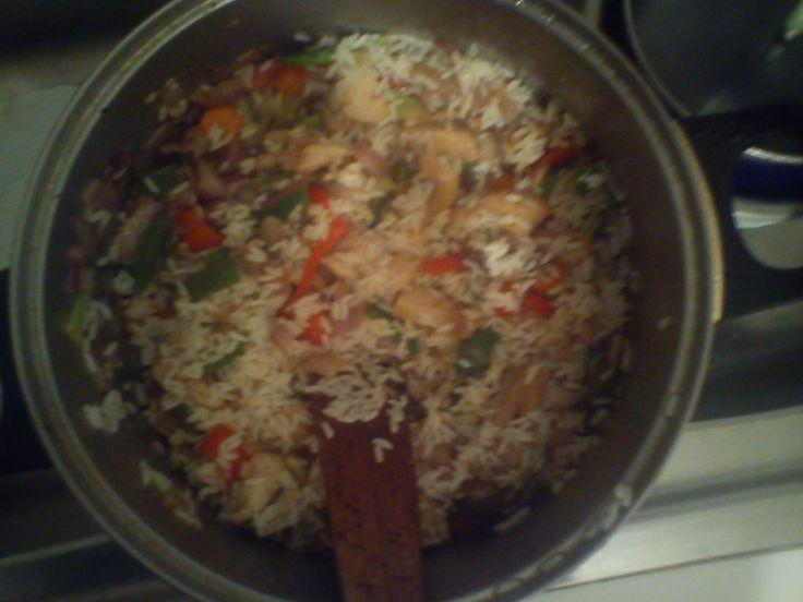 Ρυζι με κοτοπουλο κ λαχανικα!