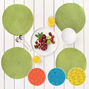 Aloha set of 4 place mats. Ideal for outdoor entertaining. www.lorrainelea.com