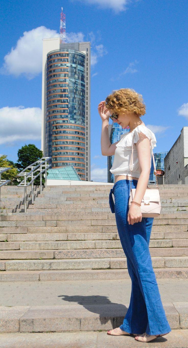 Flare Jeans!  www.zlata-alekhno.com