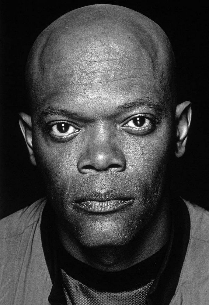 Sometimes Stark really works. I don't know about you but I hear 4 syllables. Samuel L Jackson by Brian Hamill