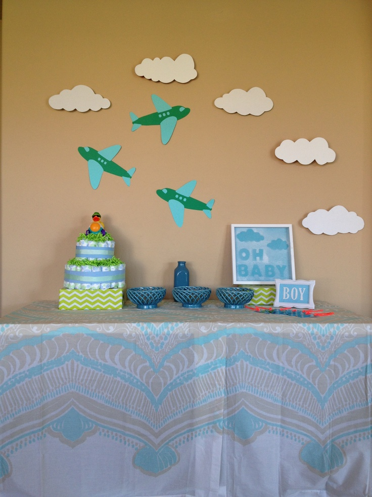 Airplane baby shower cake ideas and designs for Airplane baby shower decoration ideas