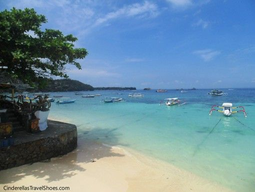 On the way to harbour in Lembongan