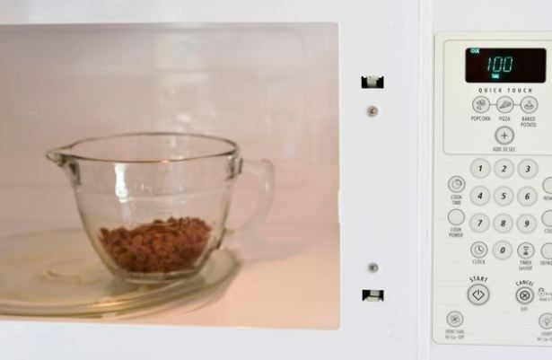 How to Melt Chocolate Chips in Microwave