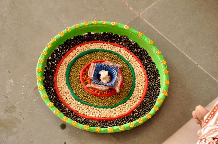 245 best images about decorating for diwali on pinterest for Aarti thali decoration with flowers