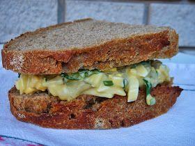Igazából fehér kenyeres vagyok, de vannak ételek, szendvicskrémek, saláták, amelyekhez egy házi, kovászos, teljes kiőrlésű, rozsos...