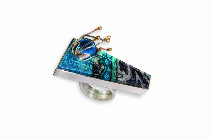Ring - Sterling Silver, Perspex, and gold foil - by CJ Jewellery Design  http://heartjoia.com/loja
